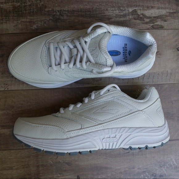 cf8e56370f304 Brooks Dyad Walker Off White Leather Walking Shoes